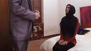 Slim Arab spinner spreads legs and gets fucked in hotel room