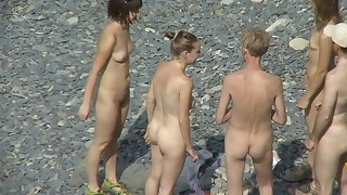 Voyeur feeds his lust with nude views