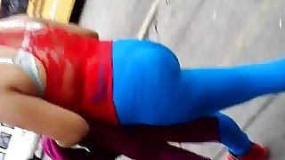 Cachetoncita marcando calzoncito