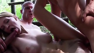 Babe spunked by bi dude