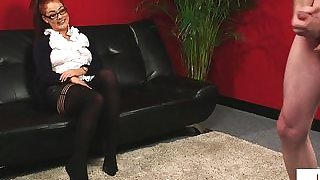 Euro domina gives tugging instructions