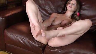Stella Cox teasing her feet encouraging you to jerk off