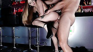 Blonde puts her soft lips on sturdy meat stick
