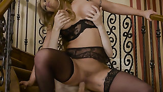 Blonde Eva Notty feels great with