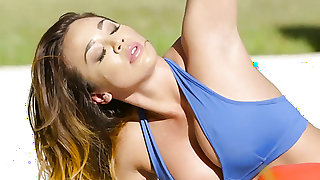 Brunette Mia Lelani with juicy tits and smooth bush warms man