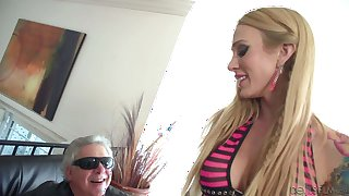 Big titted Sarah Jessie plays with her pierced clit